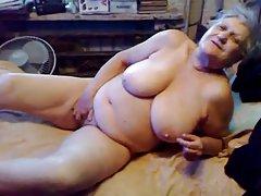 Vakker romantisk porno svarthåret bastia craves sperm